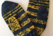 Knitted Mittens / http://www.lowlandoriginals.etsy.com
