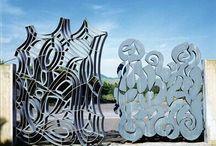 Il Cimitero: la scultura oltre il silenzio