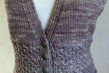 Женские жилеты, туники спицами