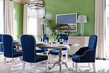 Kelly and Emerald Green Decor / Green home decor adds a refreshing color palette to any room. We love green upholstered furniture, patterned wallpaper, throw pillows in bright lime colors, and touches of emerald and kelly colors. Follow our board to discover room decorating ideas.