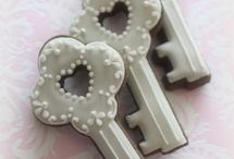 Cookies / Beautiful decorated cookies. / by Vickie List