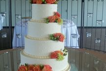 Wedding Cakes (quilted/dots) / Cakes with quilting design or various dot patterns
