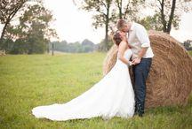 Brookside Farm Weddings / Loren has had the pleasure of shooting weddings at one of Northeast Ohio's most popular rustic locations - Brookside Farm located in Louisville Ohio