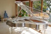 Designer Piano's