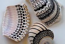 Sassi e conchiglie decorati :)