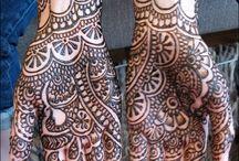 Love henna and tattoos !!!
