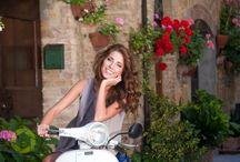 Model at Pienza in Tuscany street