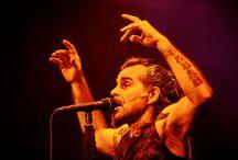 """Litfiba - Teatralogia degli elementi live 13.01.2015 / Gli scatti del nuovo tour 2015 """"Teatralogia degli elementi"""" del duo toscano più rock di sempre."""