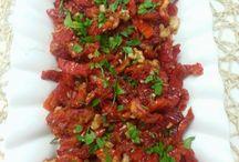 kuru domates salayasi