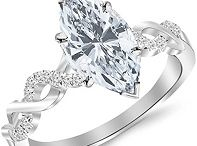 Marquise Cut Diamond Engagement Rings / Marquise Cut Diamond Engagement Rings Are Atypical Rings With Great Charm.