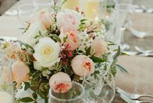 Vintage romantic wedding flowers