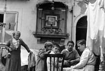 The old days in Italy / by Pieter Arnolli