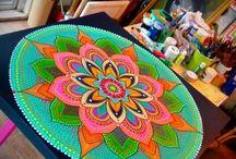 Mandalas y pintura decorativa