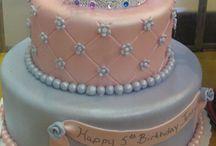 Emma Bday Cake ideas / by Aimee Davison