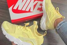 sneakers ✨
