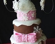 Cake and cupcake designs / by Allie Jurkowski Krass