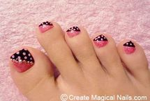 Pedicure Ideas / by Stephanie Rogers