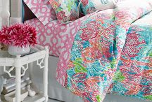 Pretty Girls Bedroom / pretty pillows, nice rooms and girly bedding  / by Rebekah Robinson