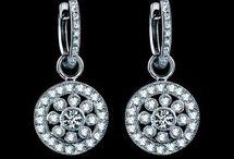 jewelries / by Sakura