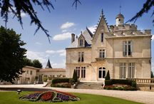 Château Pape Clément / visite du vignoble et des chais au Château Pape Clément dans les Graves à Bordeaux Réservez avec winetourbooking.com