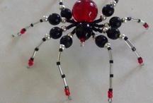 Helmihämähäkit ja muut korut