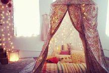 Tent-nook