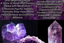 ✨ Amuleti & Cristalli