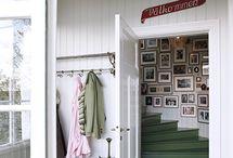 Entry & foyer