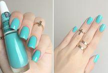 lindas unhas e esmaltes