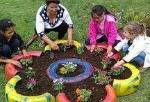 Giardini con fiori piccoli