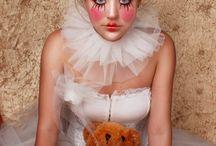 Halloween / by Ellen Uzarowicz
