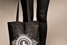Tote Bag Wearetheneons / Tote bag We are the Neons - collection Call of the Wild - sérigraphie artisanale et encre à l'eau respectueuse de l'environnement - photos©www.levetchristophe.fr