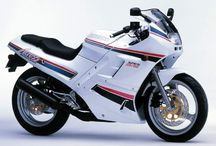 Suzuki / http://bikesevolution.com/Suzuki/