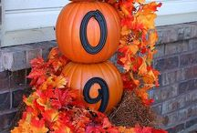 Fall front porch decorations / by Leah Corriveau
