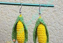 Création accessoires et bijoux / Des accessoires de mode et des bijoux fait main au tricot ou au crochet