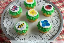 cupcakes / by Tracy Kersey