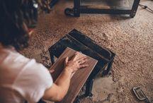 3 Ottime Ragioni Per Darsi al Fai Da Te / Semplici riparazioni casalinghe, costruire mobili su misura, migliorare il proprio giardino o creare un regalo con le proprie mani per la persona amate. Questi sono solo esempi di quanto utile e gratificante possa essere il Fai Da Te.