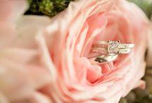 Proposta di Matrimonio / I migliori anelli di fidanzamento e le proposte di matrimonio più romantiche.