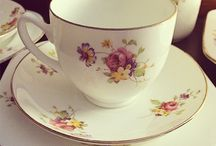 Find my teacup / I recently inherited a lovely tea set from my husband's Nanna and I'd like to replace a few missing pieces. I'm hoping the internet community can help me track down some replacement pieces... / by Ange Bassett-Scarfe