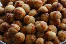 Tuzlu poğaça ve kurabiyeler
