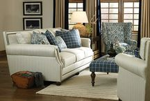 Co home furnishing / Ideas for furnishing the new house / by Tammi Evans