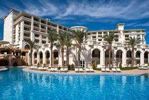 A világ legjobb hotelei 2015 | TripAdvisor / A TripAdvisor idén is kihirdette a világ legjobb hoteleinek listáját. A mi kínálatunkban ebből megtalálható 30 szálloda, ráadásul igazán elérhető árakon. Kényeztessétek magatokat mesés luxussal idén nyáron!