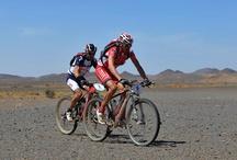 Titan Desert 2012 / Una carrera para amantes de la bicicleta, del deporte y del sacrificio. Es, por encima de todo, la carrera de la superación personal, del reto individual. La séptima edición de la MILENIO TITAN DESERT by GAES se disputó el 29 de abril en Marruecos.Un recorrido de 680 kilómetros convirtiendo esta edición en la más larga de las disputadas hasta la fecha.