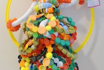 Lid Mania 2013 / The best art works made of plastic lids.