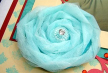 Diy Flowers / Di stoffa e altri materiali
