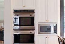 Kitchen & living room designs / styl -> Francuska Kamienica, elegancka w stronę hotelowa (luxury, glamour), a nie rustykalny / prowansalski. Przy tym przytulny i modern.