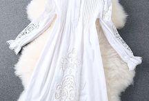 Vestido Single Breasted / Vestido de algodão com bordado aberto Mangas compridas Cintura solta Decote redondo Cor: branco Tecido algodão Sem forro Tamanho M
