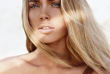 nude blonde