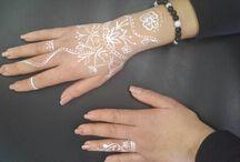 Henna/body paint