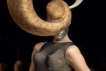Hat-Tocados / by Selma Leal